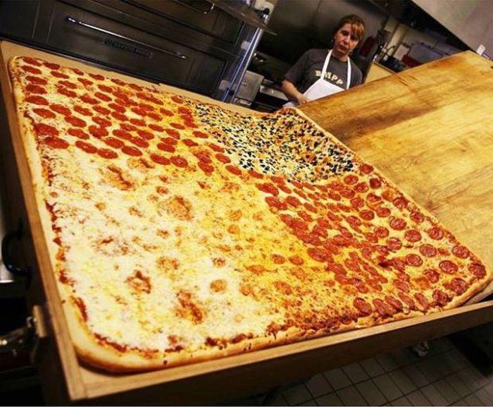 член в пицце фото