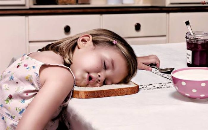 К вечеру все устают в разной степени, у всех своя работа.